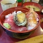 79060035 - 海鮮丼