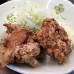 すばる - 「おつまみ鶏唐揚げ」200円也。