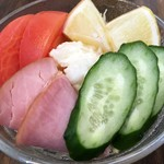 すばる - 「すばるサラダ」250円也。
