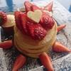 ブルームーン - 料理写真:期間限定・苺のパンケーキ