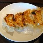 GYOZA8 - 普通の餃子