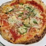79067719 - 季節野菜とベーコンのピザ(小) 500円