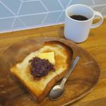 モス コア コーヒー - 柚子小倉のあんバタートースト&アメリカーノ