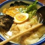 79071085 - 三軒茶屋限定雲呑麺。塩