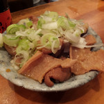 新潟屋 - 煮込み300円