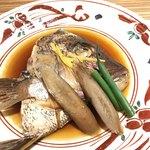 ホテル鴎風亭 - 鯛の兜煮