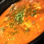 うる寅 - うる寅 GEMS大門店(東京都港区芝大門)和牛カルビスープ(辛口スープ)