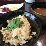 寿An - 出汁が濃くて美味い土鍋の炊き込みご飯