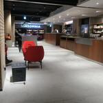 ウニール - ホテル インソムニアに併設されたスタイリッシュなカフェ3