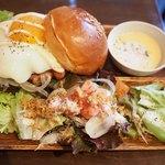 コックテイル ハンバーガーズ - TOKYO武蔵野バーガー