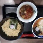 せたが屋 - 料理写真:つけ麺(800円)&ラーメン(800円)