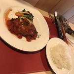 食彩ダイニングsako - チーズとトマトソースのハンバーグ