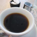 SYM - 食後はコーヒーかオレンジジュース