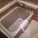 グランドホテル 六甲スカイヴィラ - 深めの浴槽