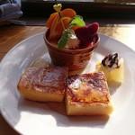 カフェ ルボア - 料理写真:スイーツプレートとドリンクのセット(500円) スイーツプレート  ※スイーツパスポート使用