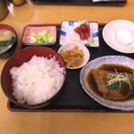 79092401 - 和定食の煮魚850円