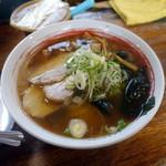 タロー軒 - ラーメン+半カレーセット840円、生卵50円