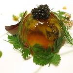 79094922 - ブイヤベースのジュレボール キャビア 才巻き海老 ムール貝 つぶ貝 浅利 ほうれん草とトマトのピュレ