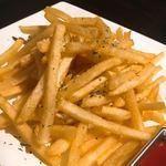 シュラスコ&チーズタッカルビ AMIGO - フレンチフライ。これかなり美味しい!