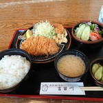 79101619 - 純粋黒豚ロースカツ定食(2,000円・税別)