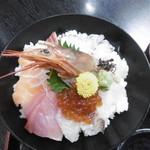 漁師家 幸 - 海鮮丼