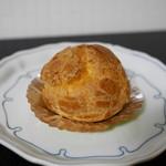 パティスリー ホソヤ - 料理写真:シュークリーム