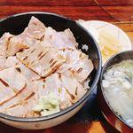 79107974 - 中トロ炙り漬け丼(1,150円)