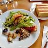 トライフル - 料理写真:本日の前菜とサラダ & フォカッチャ(4人分)