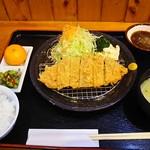 花いちもんめ - 神話豚 ロースカツ定食 1,380円