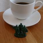 SUR LE RIVAGE - 食後のコーヒー