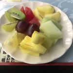 ホテルグリーンヒル レストラン カメリア - フルーツ盛合せ