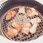 平城苑  - ジュージュー焼肉。