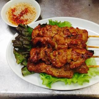 豚肉の串焼き(ムーピン)