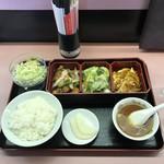 桃園 - 料理写真:日替りスペシャルランチ1080円
