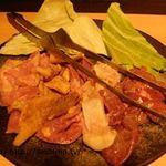 79125381 - 桜島溶岩焼き 鶏5種盛り