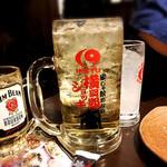 居酒屋 一休 - ジムビーム ハイボール 横綱級ジョッキ(1L)