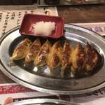 餃子 寺岡 - ニンニク餃子