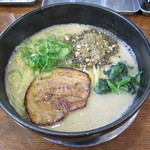 らーめん 次男坊 - 料理写真:白豚らー麺(クリーミー塩豚骨)