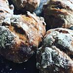 ブランジェカイチ - くるみとレーズンのパン
