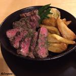 びすとろあむーる - 料理写真:かづの短角牛 厚切りステーキ