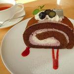 7914404 - 季節のケーキ(ショコラブルーベリー)と季節のブレンドティー