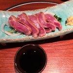 鳥良 - 鶏炙りモモタタキ627円