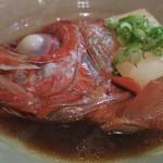 隼 - 金目鯛カブトと豆腐の煮つけ ズームアップ