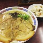 豚珍軒 - 料理写真:
