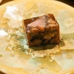 中国菜 火ノ鳥 - 前菜盛り合わせ(牛ホホ肉ゼリー寄せ)
