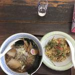 若宮食堂 しんちゃん - 料理写真:ラーメン半チャーハン