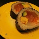 回転割烹 寿司御殿 - 海鮮太巻き360円