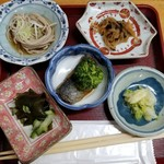 喰い処 弐七 - セットの小鉢