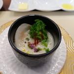ビストロ ダイア - 蛤と蕪のすり流し、コトリアード仕立て