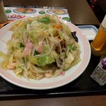 リンガーハット - 野菜たっぷり皿うどん餃子付き